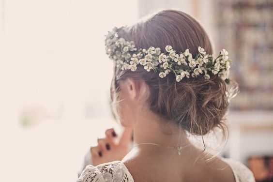 Coiffure de mariage et robe de mariée : le bon mix !